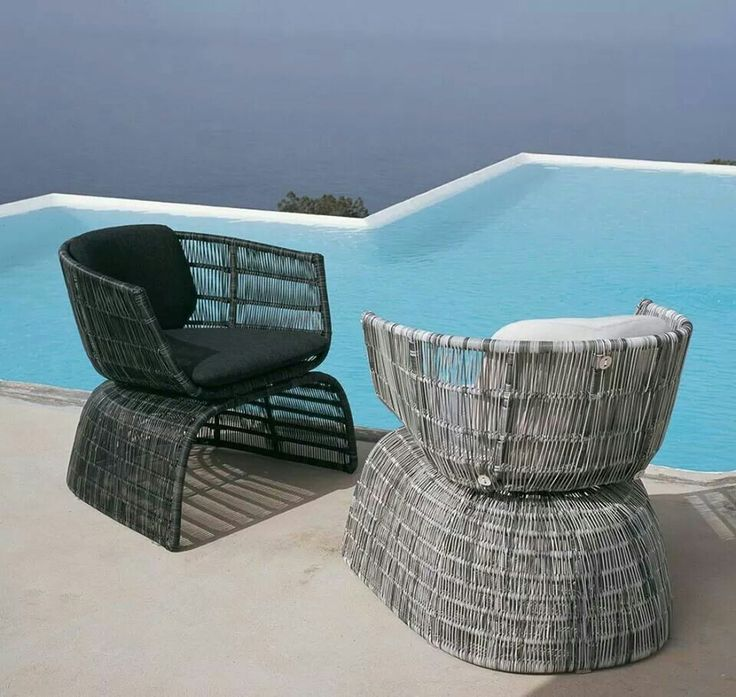 NATURAL OR HIGH-TECH FIBRES FOR LARGE BUT LIGHTWEIGHT  SCENOGRAPHIC CHAIRS.  IT'S TIME 4 OUTDOOR WITH…  CRINOLINE BY PATRICIA URQUIOLA  > http://bit.ly/1lq44oz  #BEBITALIA #OUTDOOR #DESIGN #FURNITURE