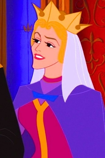 sleeping beauty - queen (Never noticed that she looks like a blonde Maleficent!)