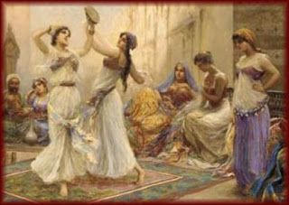 """Sai cosa significa """"Hafla""""? Hafla, in lingua araba, significa """"festa con musica, cibo e danza"""", una festa popolare insomma, che richiama al nostro immaginario le sagre paesane a cui siamo abituati e affezionati."""