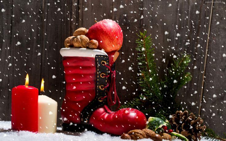 Boże Narodzenie, Dekoracja, But, Świece, Szyszki, Jabłko, Orzechy