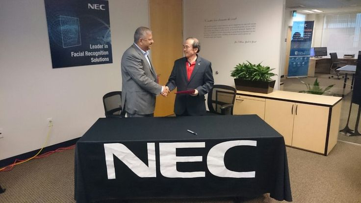 Handshake to Seal the Agreement between Tan Boon Chin and Dr. Jay Jayaram  The Global Safety Division (GSD) of NEC signed a Letter of Intent (LOI) with 3D-4U at the GSD Global Meeting (GSD) in Sacramento on 23 January 2015. The LOI, signed by Tan Boon Chin, head of GSD, and Dr Jay Jayaram, President of 3D-4U, will allow GSD and 3D-4U to form a worldwide cooperative business relationship in the area of promotion, development and sales for each party's products.