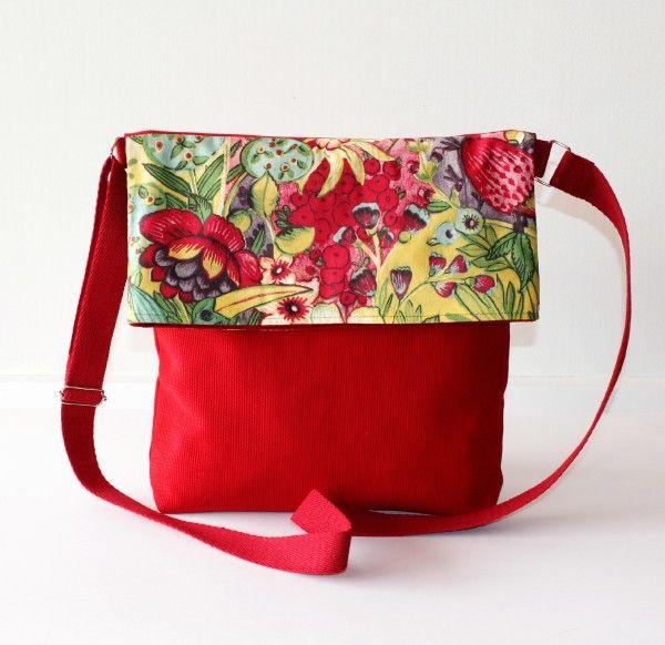 Bolso bandolera bag tasche hecho a mano tela loneta canvas algodon cotton estampados calidad elegante color accesorios complementos Lolahn Handmade - Jardín rojo 1