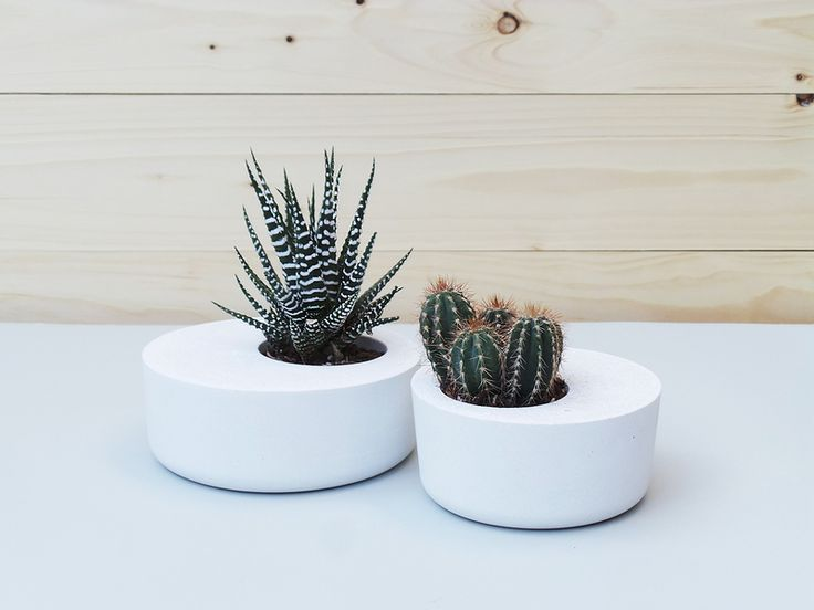 Set Of 2: White Concrete Planters From Industrial Republic By DaWanda.com