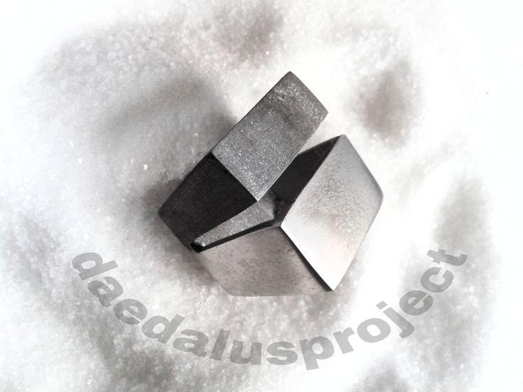 anello donna.ossidato.moderno.minimal.handmade.doppia fascia female ring di daedalusproject su Etsy