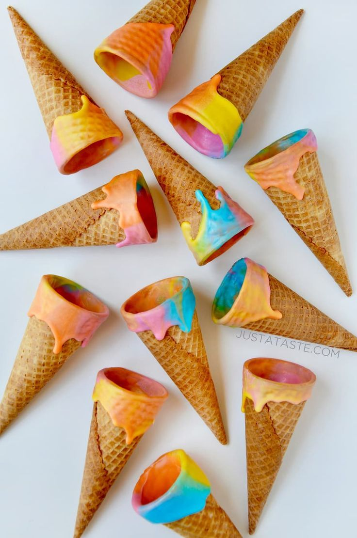 """Unicorn Ice Cream Cones recipe from justataste.com #recipe #unicorn #dessert 