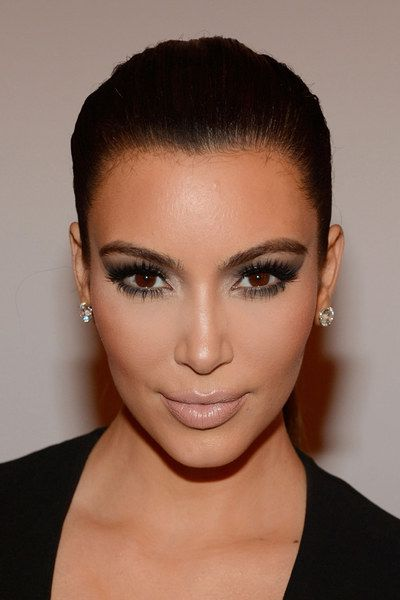 Como fazer contorno de rosto   Kim Kardashian