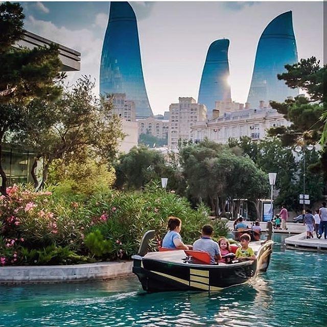 Baku Venice Pakistan Islamabad Karachi Kashmir Punjabi India Mumbai Life Pins Baku Venice Azerbaijan Travel Travel Baku