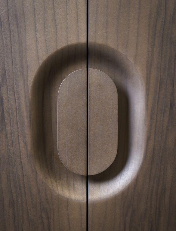"Wardrobe (handles) ""Exo"", Grégoire de Lafforest - Furniture - Edition Galerie Gosserez"