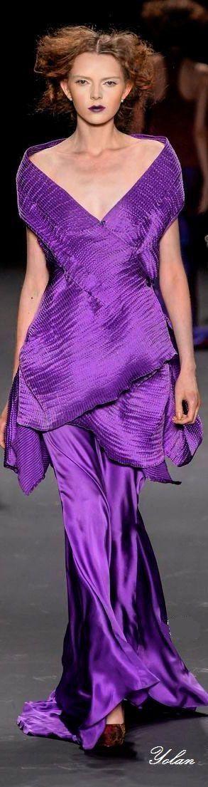 Morado, violeta