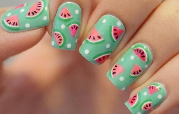 Diseños de uñas de sandía, diseño de uñas de sandía verano.  Follow! #uñasbonitas #nailsdesign #uñasdiscretas