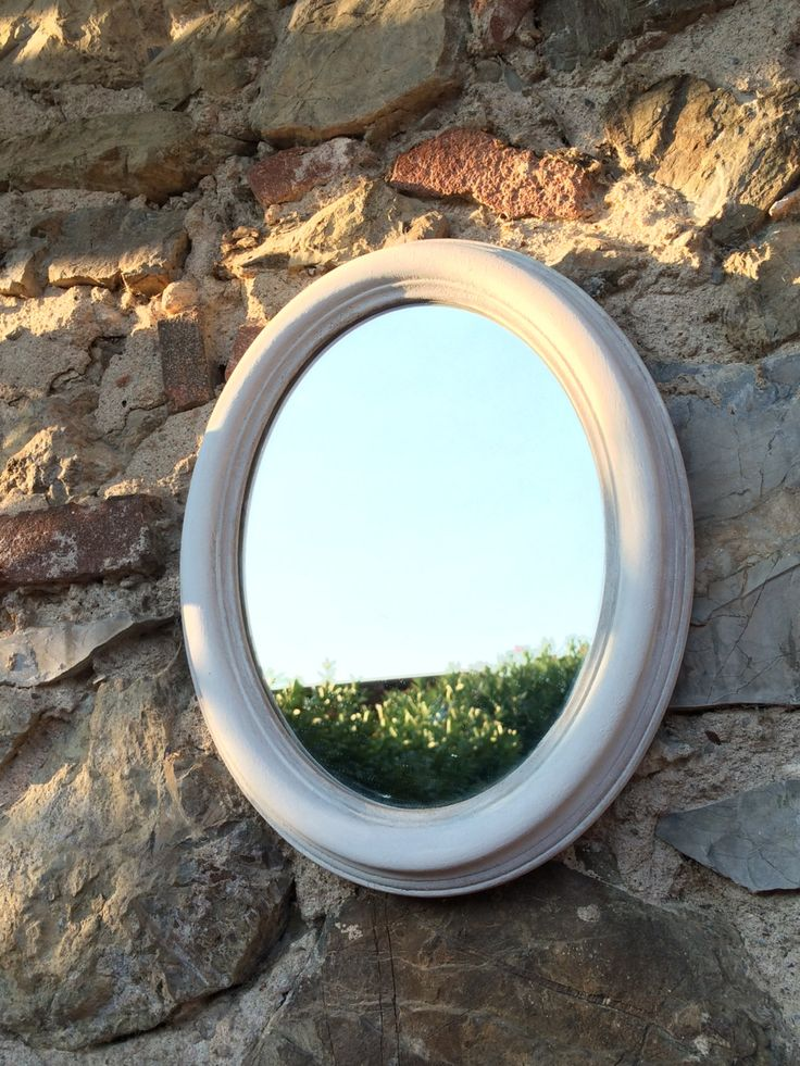 specchio ovale shabby chic bianco Home decor vintage di LaLaRoomOfWonders su Etsy