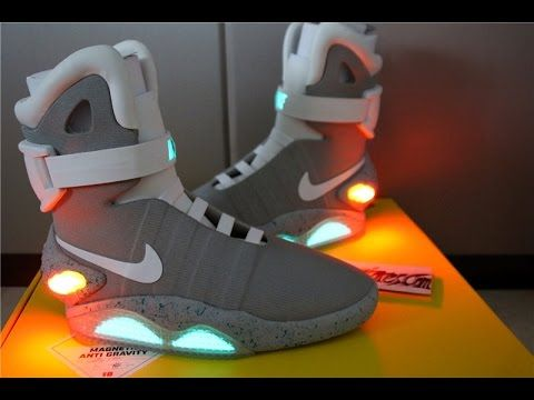 7ea5948d71d Nike Air Mag V3 ( the latest version ) Supreme Review   Glowing ...