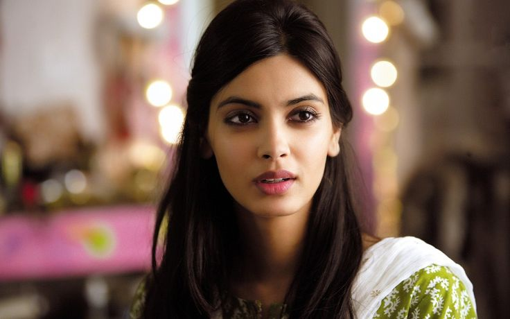 Beautiful Diana Penty Wallpaper from Cocktail Movie