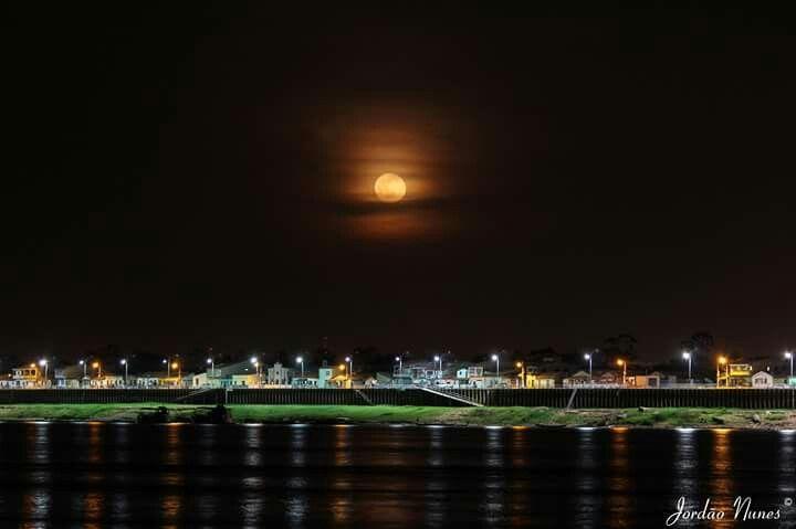 Orla a noite de Marabá