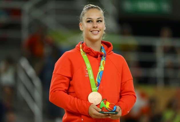 Giulia Steingruber BRONZE im Sprung-Final !! ..die 5.Medaille für die Schweiz..