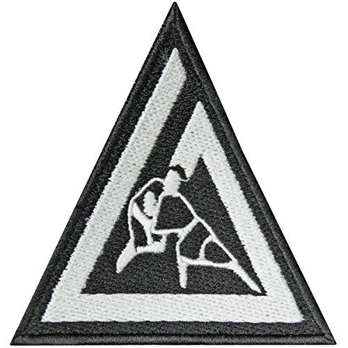 Pay homage to the origins of Brazilian Jiu-Jitsu by donning the Gracie Jiu-Jitsu Triangle 3' x 3' Embroidered Gi Patch. Design especially for use with BJJ martial arts gis this patch's dimensions are...