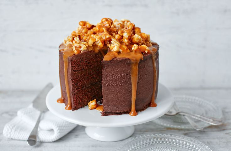 Layers of light chocolate sponge sandwiched with a dark chocolate ganache, with a sensational caramel drizzle and gooey, sticky salted caramel popcorn.