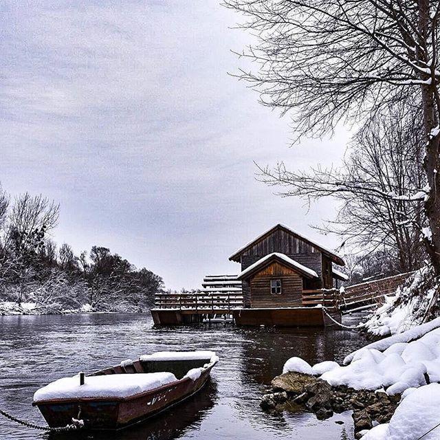 #Repost @lovelymedjimurje (@get_repost)  Mlin na Muri #winterwonderland #mlinnamuri @croatiafulloflife #medjimurje #lovelymedjimurje