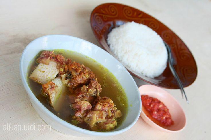 Yuk Nikmati Segarnya Sop Bebalung! http://www.perutgendut.com/read/yuk-nikmati-segarnya-sop-bebalung/2499 #Food #Kuliner #Indonesia