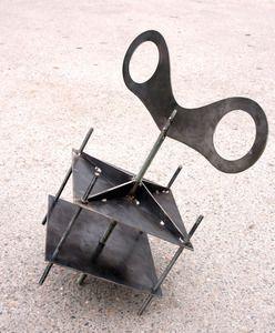 screw clamp sculpure
