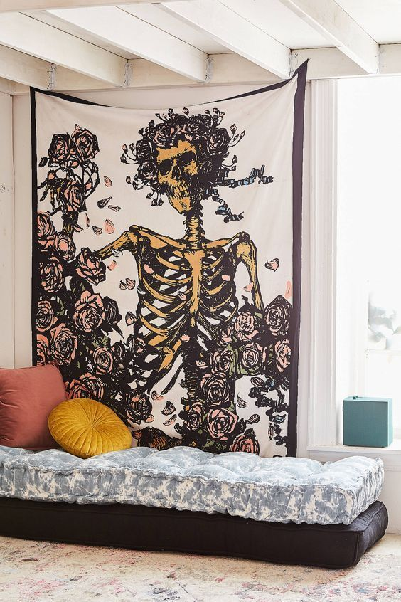 30 halloween decoration themes to get your space into the spooky rh pinterest com