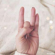 manos curativas shunya mudra
