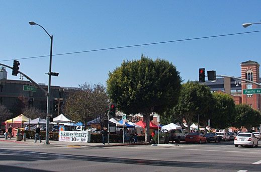 Friday is a market day at Long Beach Downtown Farmers' Market in California 10am - 3pm http://farmersmarketonline.com/fm/LongBeachDowntownFarmersMarket.html