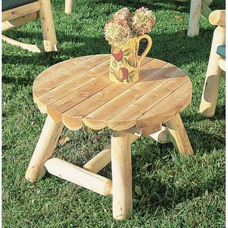 Rustic Natural Cedar Furniture Round Outdoor Coffee Table -