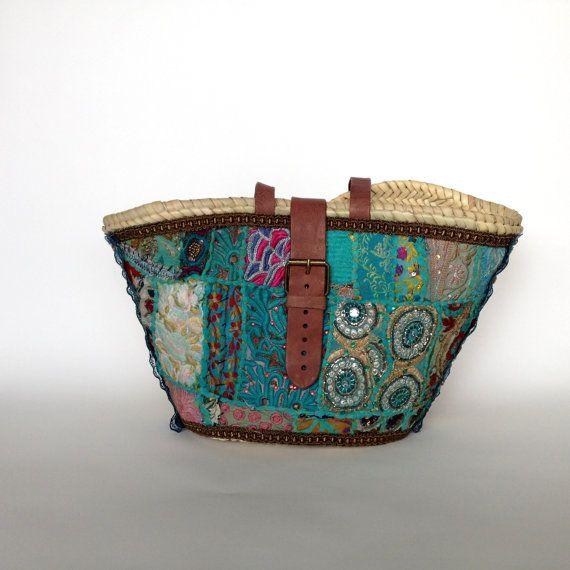 Capazo decorado con tela bordada india/ Cesto urbano/ Spanish Capazo/ Straw bag turquoise. Capazo INDIRA By Cuqui Miluki