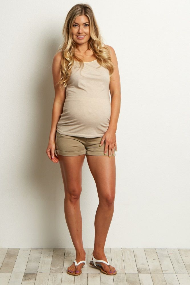 These stylish maternity shorts are the perfect transitional item from spring to summer. A gorgeous hue with a pocket trim detail for a trendy look you won't find anywhere else. Style these basic maternity shorts with a basic short sleeve tee and a long necklace for a complete ensemble.