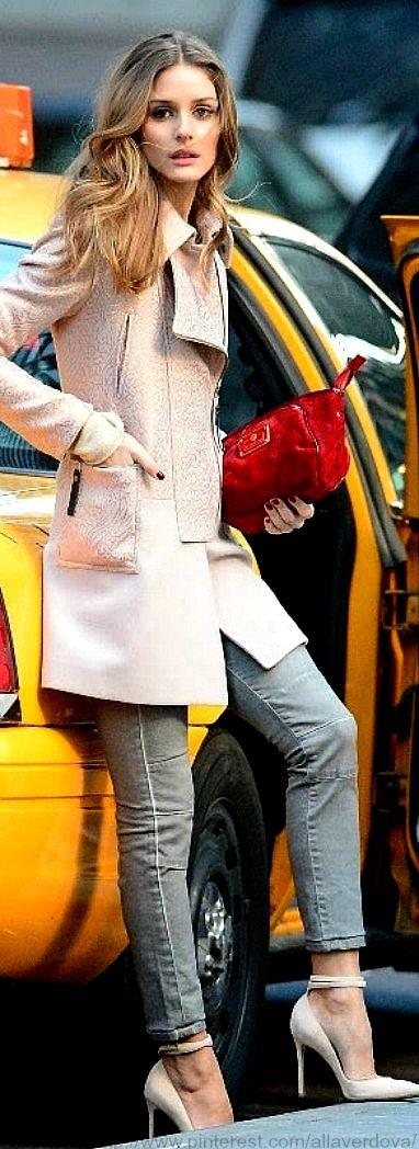 #street #fashion Olivia Palermo pink trench coat / fall @wachabuy