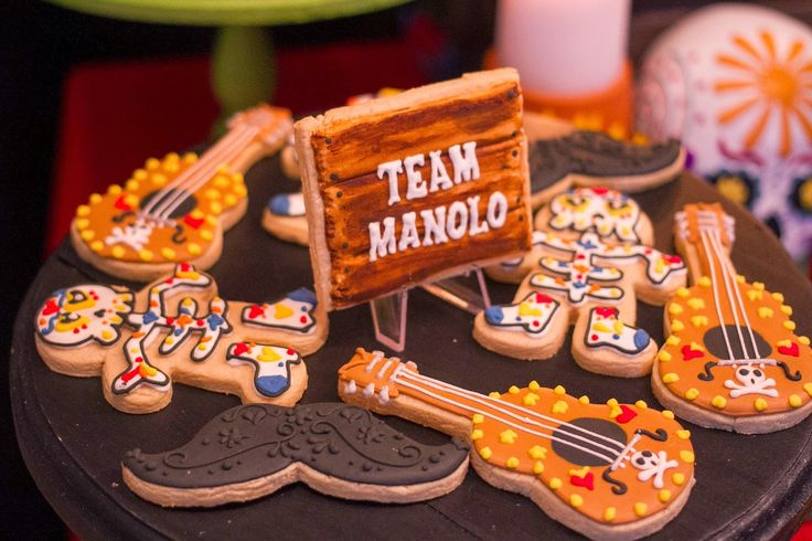 In Flight: The Book of Life Movie Release Party / Book of Life Cookies