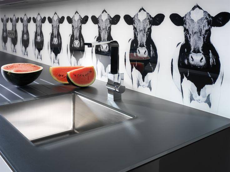 Lechner Küchenarbeitsplatte aus Glas, Design: Canosa-Moo