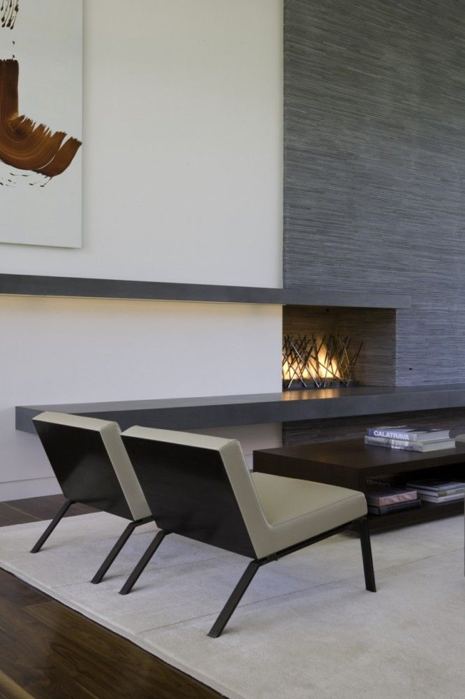 / Belzberg Architects- Chaises et spikes fireplace