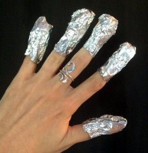 How to remove gel nail polish from home without ruining your nails!