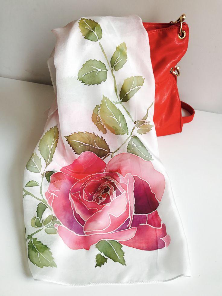 Шёлковый шарф с ручной росписью