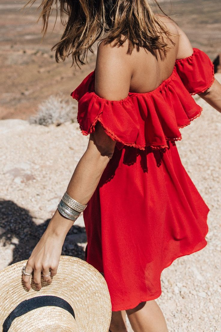Red sundress and straw hat = style perfection