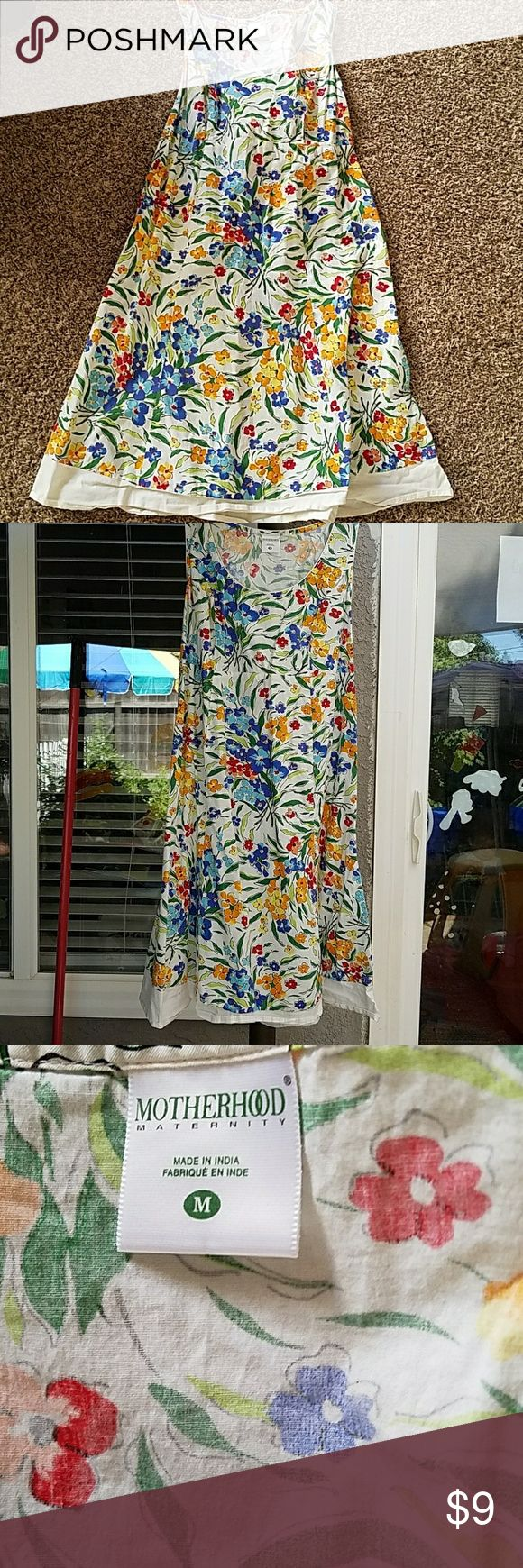 """Maternity summer dress Floral maternity dress that's sleeveless and ties in back.  It comes past my knees and I'm 5'2"""". Motherhood Maternity Dresses"""