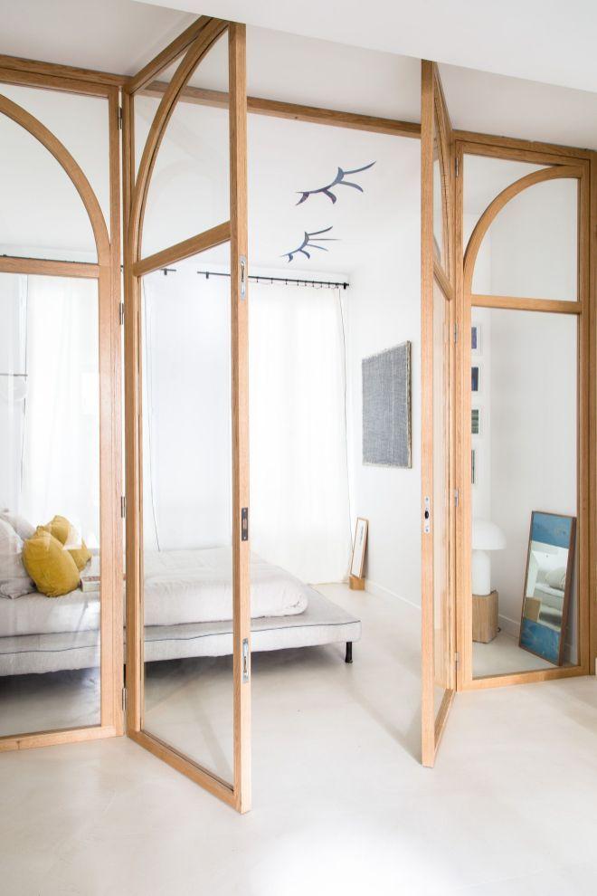 Une Cloison Qui Laisse Entrer La Lumiere Hello Blogzine Blog Deco Lifestyle Www Hello Decoration Interieure Moderne Interieur De Chambre Decoration Maison