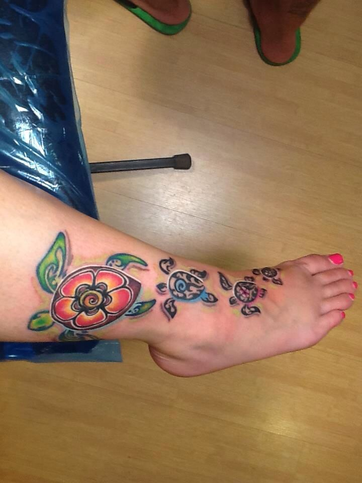 0400c9012 I LOVE the sea turtle tattoo on my foot! Inked by Scott Martin in Oahu.  It's based on art by brilliant watercolor artist, Christie Marie.