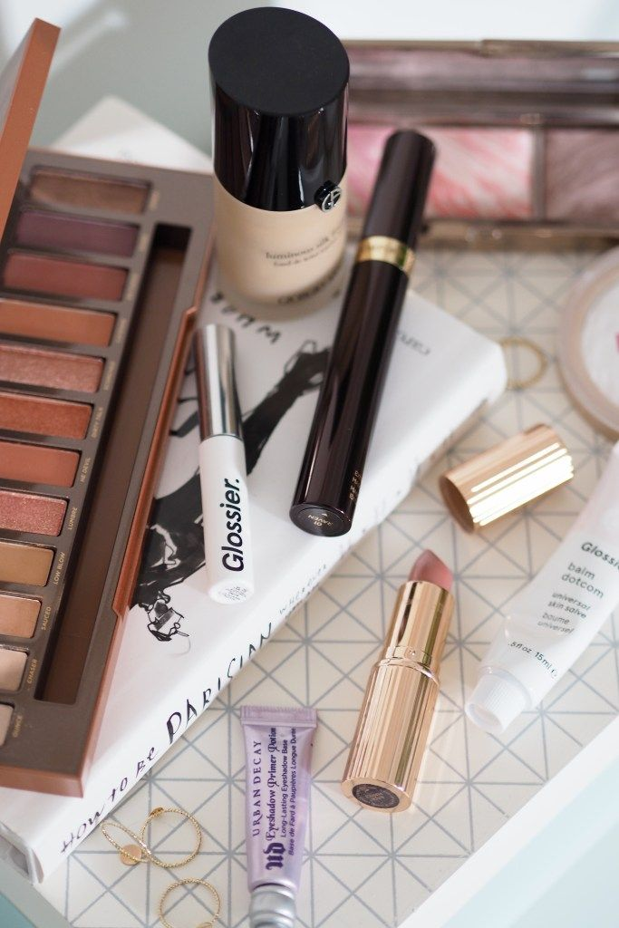 Looking to ramp up your usual day-time makeup look for a date night? Check out the beauty products I reach for to create a quick and easy look  which is low maintenance and perfect for any type of night out!