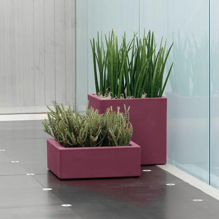 29 best vasi per piante images on pinterest garden decorations resin and terracotta - Vasi per piante da interno moderni ...