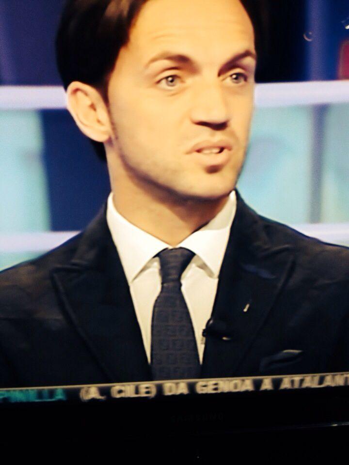 Thanks Nicola Legrottaglie che ha scelto i nostri abiti per la partecipazione a MediasetPremium❗️✌️#televisione#mediaset#premium#nicola#legrottaglie#abiti#shop#primoemporio#calcio#canale#sicilia#allenatore#calciatore#opinionista#