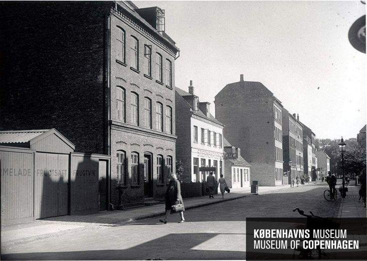 Tingvej med Stjernekroen set mod Amagerbrogade ca. 1946.