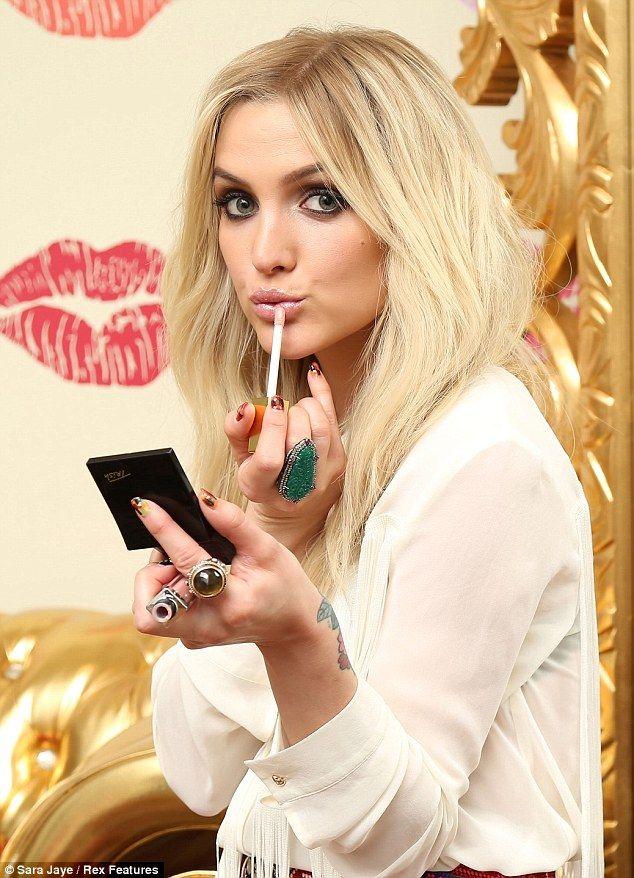 Ashlee Simpson never has looked better than she did at the @Elizabeth Lockhart Lockhart Arden event!