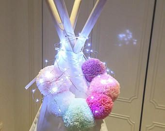 Pompom teepee topper - girlsroom - playroom - gifts for girls