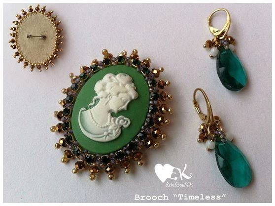 cameo romantic vintage look green white gold details RebelSoulEK brooch and earrings