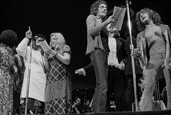 Cast members performing in the stage version of the Who's rock opera 'Tommy' at the Rainbow Theatre, London, 9th December 1972. Left to right: Merry Clayton, Peter Sellers (1925 - 1980), Sandy Denny (1947 - 1978), Graham Bell (1948 - 2008) and Roger Daltrey.