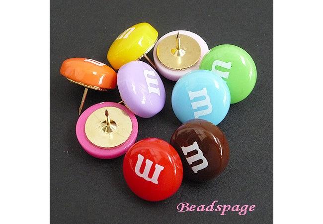 M candy Decorative Thumbtacks, cute, kawaii, handmade, notice board push pins, miniature sweets, fake food. $3,50, via Etsy.