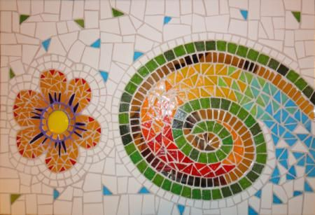 T cnica del mosaico veneciano y trencadis mosaiquismo for Mosaicos para espejos